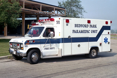 BEDFORD PARK FD  AMBULANCE 701  1989  FORD E-350 -  EXCELLANCE