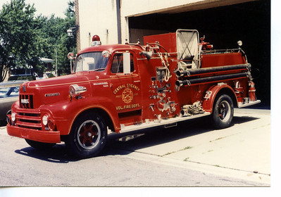 CENTRAL STICKNEY FPD  ENG 903  1955 IHC R-190 - HOWE  750-300   JEFF SCHIELKE COLLECTION  BF