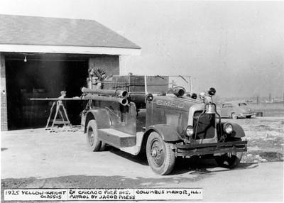COLUMBUS MANOR ENGINE  1925  YELLOW-KNIGHT X-CHICAGO INSURANCE PATROL  JACOB PRESS BODY