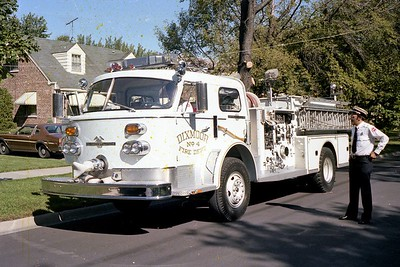DIXMOOR  ENGINE 2413   1964 ALFCO 1000    1250-750     PARADE