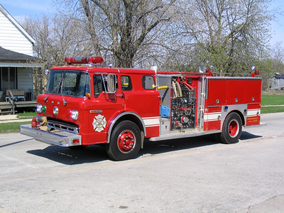 FORD HEIGHTS ENGINE 205  1982 FORD C-8000 - DARLEY  1000-500  X-MELROSE PARK FD   BF