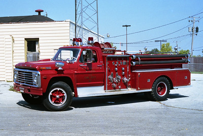 EAST CHICAGO HEIGHTS FD  ENGINE 204  1972   FORD -BEAN  750-500