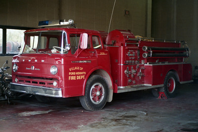 FORD HEIGHTS FD  1961 FORD C-800 - BEAN  750-500  BF