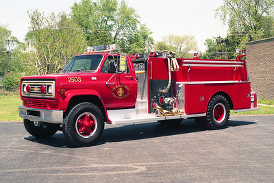 GARDEN HOMES VFD ENG 2503  1986 CHEVY C70 - DARLEY  750-1000  REPAINTED RED  BF