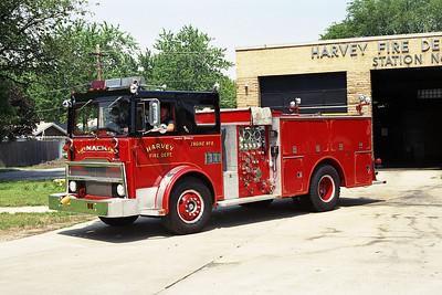 HARVEY ENG 8  1975 MACK MB-HOWE  1000-500 BLACK OVER RED   BF