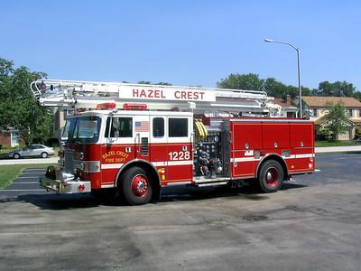 HAZEL CREST FD  ENGINE 1228  1991  PIERCE LANCE   1500-500-50' TSQRT
