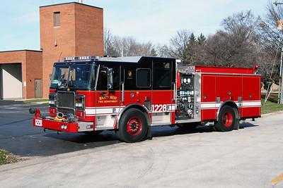 HAZEL CREST FD  ENGINE 1228  2009 SEAGRAVE   1500-500-30B