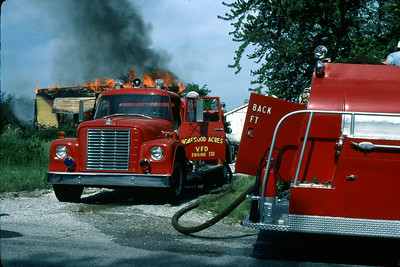 HOMEWOOD ACRES VFD  HOUSE FIRE 6-6-81  IHC-DARLEY ENGINE