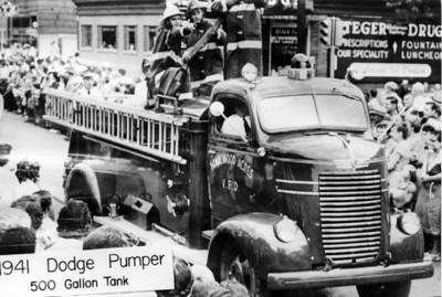 HOMEWOOD ACRES  1941 DODGE - DARLEY  500 - 500  JEFF SCHIELKE COLLECTION
