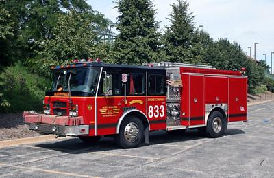 NORTH PALOS  ENGINE 833   E-ONE