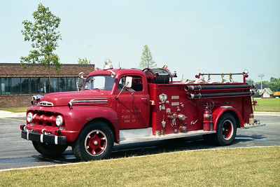 RICHTON PARK  ENGINE 27  FORD BIG JOB - AMERICAN