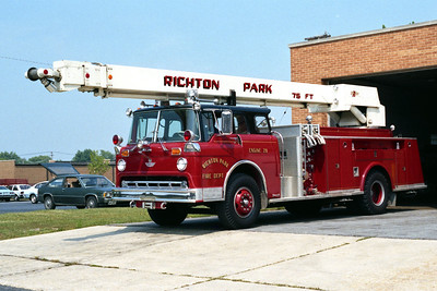 RICHTON PARK ENGINE 28  FORD C - AMERICAN