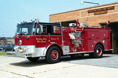 RICHTON PARK ENGINE 29  SEAGRAVE