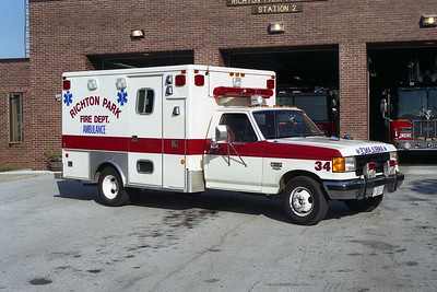 RICHTON PARK FD AMBULANCE 34  FORD F