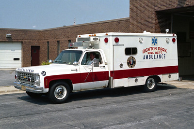 RICHTON PARK  AMBULANCE 34  CHEVY -