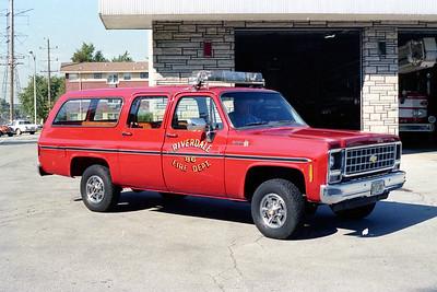 RIVERDALE FD  CAR 86  1979  CHEVY SUBURBAN