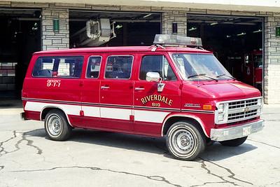 RIVERDALE FD  CAR 810   CHEVY SPORT VAN