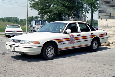 RIVERDALE FD  CAR 801  1993  FORD CROWN VIC