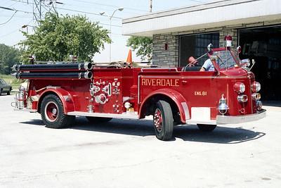 RIVERDALE FD  ENGINE 81  1948  ALFCO 700   1000-300