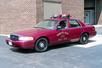 ROBERTS PARK  CAR 301  FORD CROWN VIC