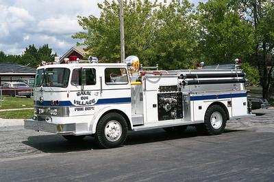 SAUK VILLAGE FD  ENGINE 504 IHC WHITE