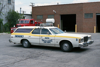 SOUTH CHICAGO HEIGHTS FD  CAR 3