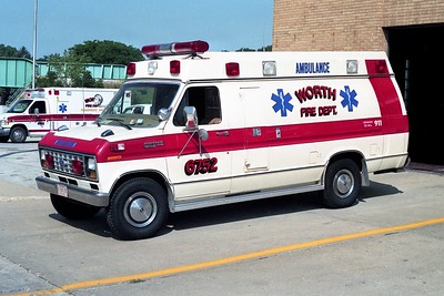 WORTH FD  AMBULANCE 6752  1983  FORD E350 - WHEELED COACH