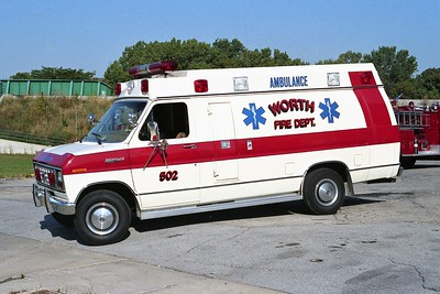 WORTH FD  AMBULANCE 502  1983  FORD E350 - WHEELED COACH