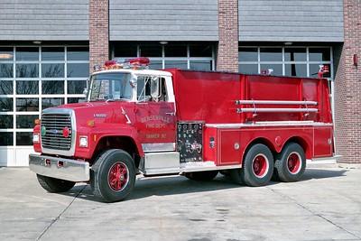 BENSENVILLE FD  TANKER 92  1988 FORD L9000 - 1968  DARLEY   250-2000