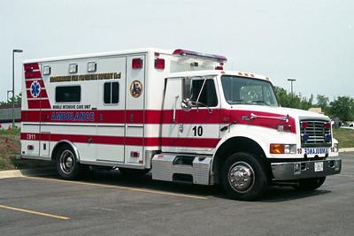 BLOOMINGDALE FPD  SQUAD 10  2001  IHC 4700 - HORTON