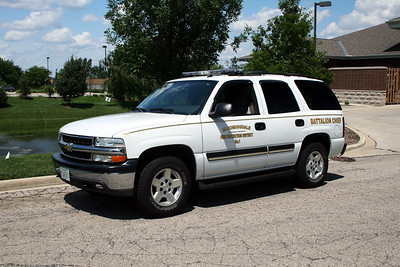 BLOOMINGDALE FPD  BATTALION CHIEF  2004  CHEVY TAHOE 4X4