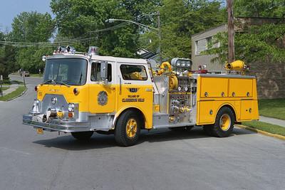 CLARENDON HILLS  ENGINE 348  MACK CF