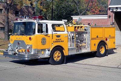CLARENDON HILLS  ENGINE 348  1977  MACK CF611   1250-500   CF611F12-1869