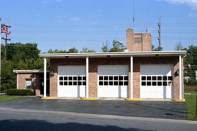 CLARENDON HILLS FD  STATION 1