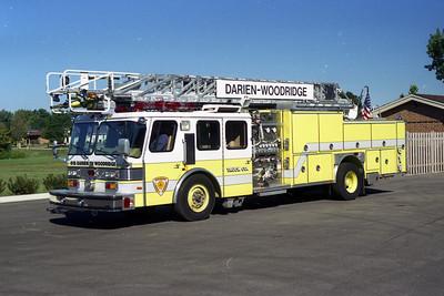 DARIEN WOODRIDGE TRUCK 619    E-ONE 75'