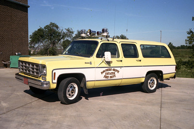 DOWNERS GROVE ESTATES  CHIEF  CHEVY SUBURBAN
