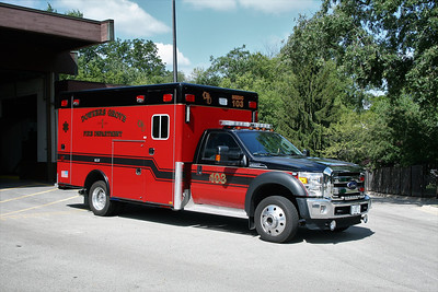 DOWNERS GROVE  MEDIC 103  FORD F - HORTON