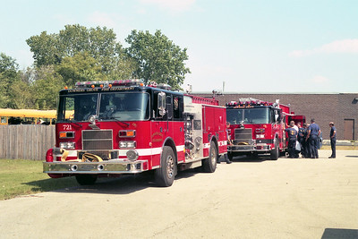 DOWNERS GROVE ENGINE 721 AND ENGINE 751  PUMPER TRAINING