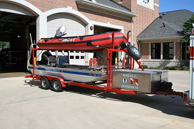 DOWNERS GROVE  DIVISION 16 BOATS