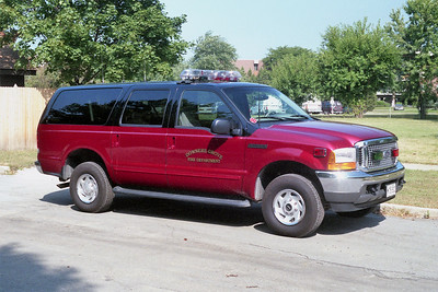 DOWNERS GROVE  CAR 708   FORD EXCURSION