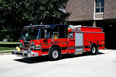 DOWNERS GROVE  ENGINE 105  PIERCE SABER