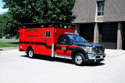 DOWNERS GROVE  MEDIC 105   FORD F450  4X4  - HORON