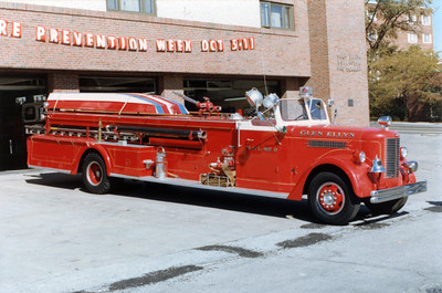 GLEN ELLYN   HOOK & LADDER 8  PIRSCH QUAD