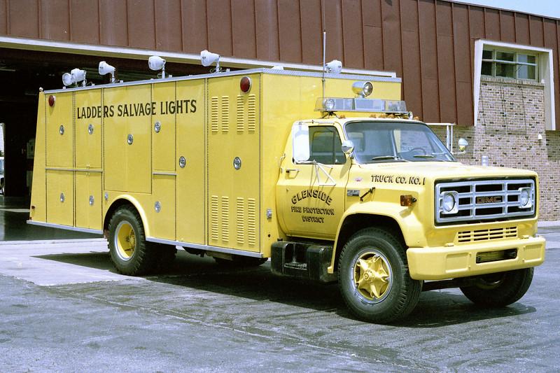 GLENSIDE  TRUCK 709  1976 GMC - WELCH  PHOTO 3