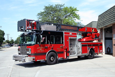 HINSDALE FD TRUCK 1019  2005  SPARTAN GLADIATOR - GENERAL SAFETY - METZ   1250-300-100'   #2810   EXPOSED PUMP PANEL