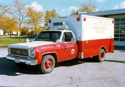 LOMBARD  MEDIC 61  CHEVY -