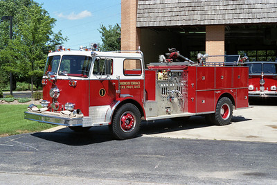 OAKBROOK TERRACE FPD ENGINE 301 SEAGRAVE