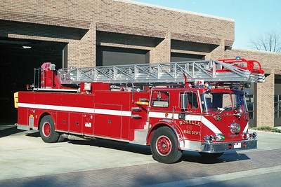 ROSELLE FD  TRUCK R-10  1973  SEAGRAVE   1250-300-100'    # C-73207