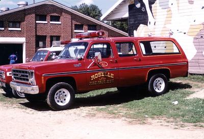 ROSELLE FPD   CAR R-1  1979  CHEVY SUBURBAN   AT MONROE FIRE SCHOOL