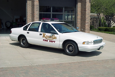 ROSELLE FPD  CAR 21  1988  CHEVY CAPRICE